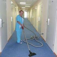 Профессиональные риски уборщиков при работе с клининговым оборудованием